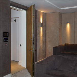 Panic Room 07